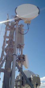 Torre con equipos Ceragon